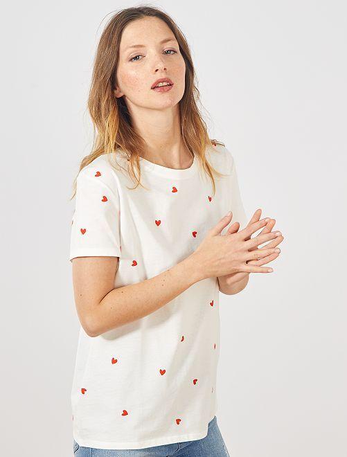 Camiseta con estampado de 'corazones'                                                                                                                                                                                                                 BLANCO