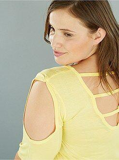 Tallas grandes mujer Camiseta con hombros descubiertos y aberturas traseras
