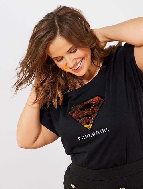 Camiseta con lentejuelas reversibles 'Supergirl'                             NEGRO
