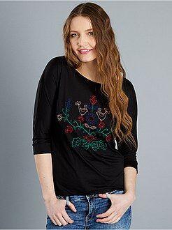Mujer Camiseta con manga 3/4 y bordado delantero