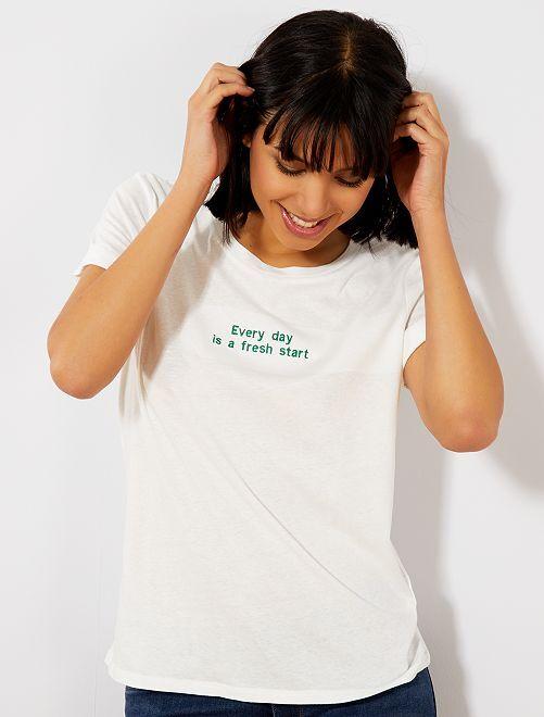 Camiseta con mensaje bordado                                                                 BLANCO Mujer talla 34 a 48