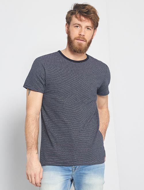 Camiseta con microrrayas 'eco-concepción'                                                     a rayas azul navy