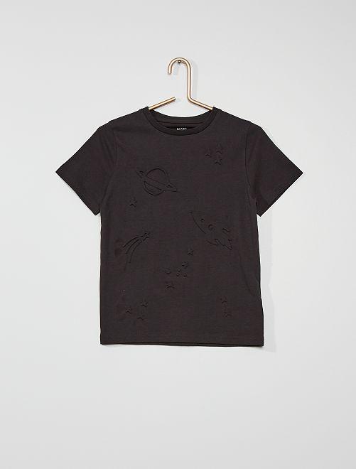 Camiseta con motivos con relieve                                                     gris oscuro