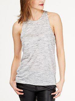 Básicas - Camiseta con sisas americanas