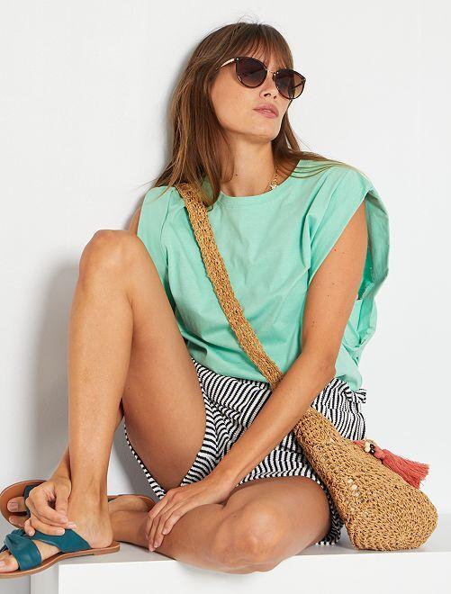 Camiseta con sisas amplias                                                     verde pastel
