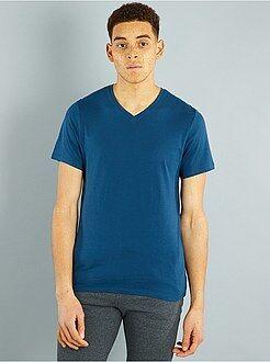 Hombre - Camiseta de algodón con cuello de pico regular - Kiabi