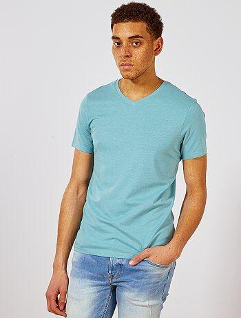 b4d0e92b26973 Hombre talla S-XXL - Camiseta de algodón con cuello de pico regular - Kiabi