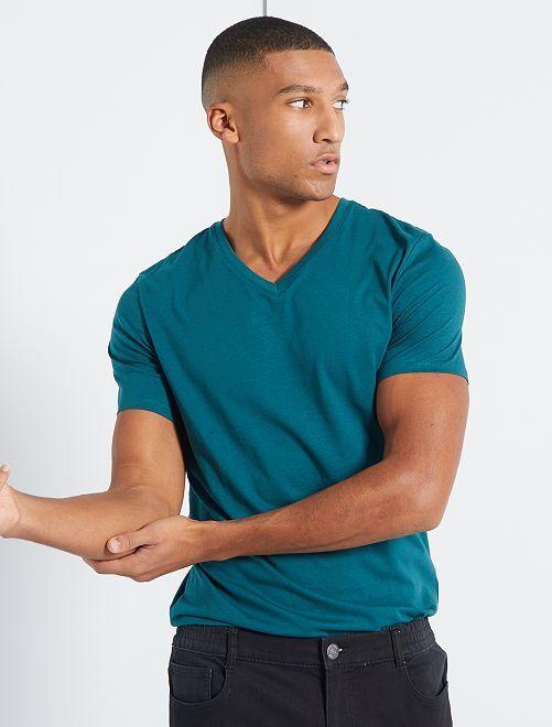 Camiseta de algodón con cuello de pico regular                                                                                                                                         VERDE