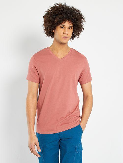 Camiseta de algodón con cuello de pico                                                                                                                             ROSA