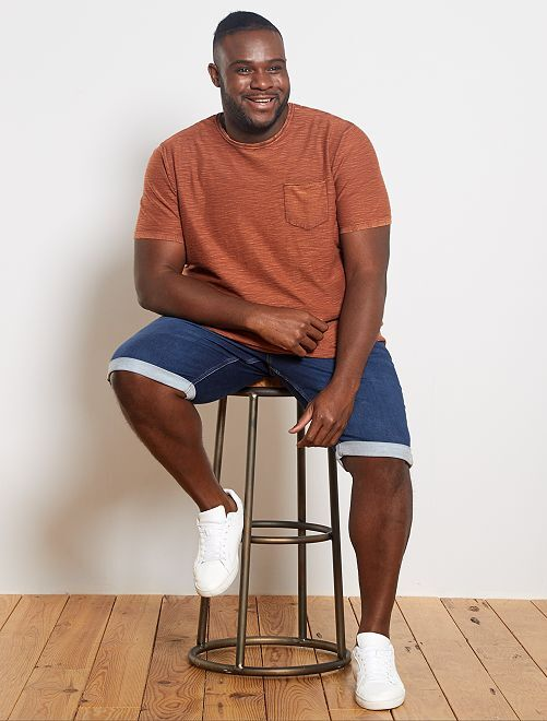 Camiseta de algodón texturizada                                         MARRON