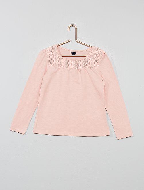 Camiseta de macramé                                                                                         rosa