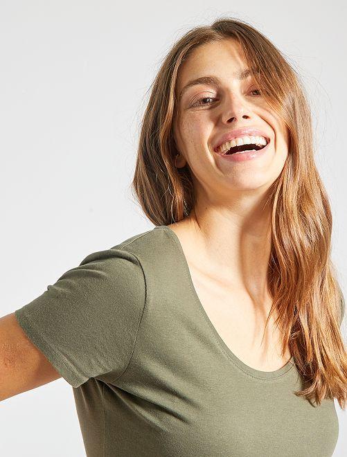 Camiseta de manga corta                                                                                                                             KAKI