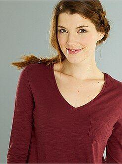 Básicas - Camiseta de manga larga con cuello en V de punto flameado