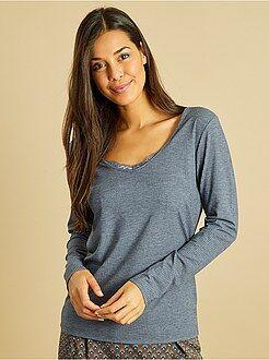 Pijamas, babydoll - Camiseta de pijama de punto de canalé con cuello de encaje