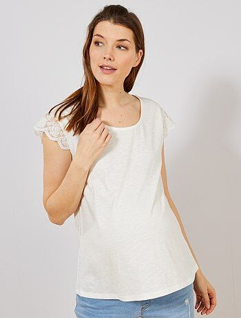 098131826 Camiseta de premamá con mangas de encaje - Kiabi