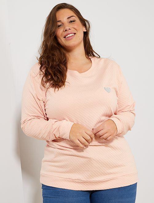 Camiseta de punto de plumeti con corazón bordado                                                                 ROSA