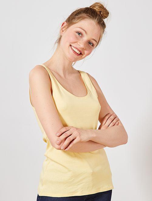 Camiseta de tirantes cuello U                                                                                                                                                                                                     amarillo oro Mujer talla 34 a 48