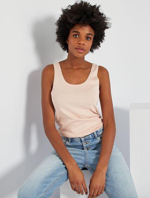Camiseta de tirantes cuello U                                                                                                                             ROSA