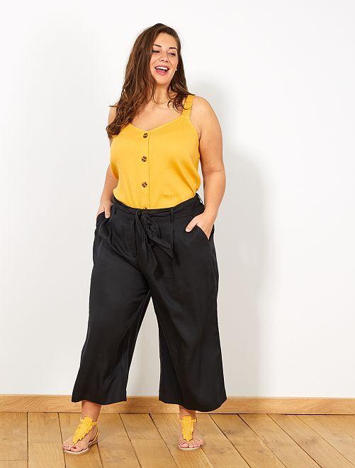 Camiseta de tirantes de canalé con botones                                             AMARILLO Tallas grandes mujer