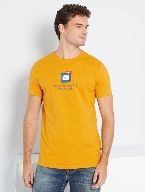 Camiseta estampada +1,90 m                                                     AMARILLO