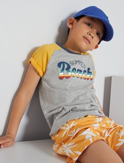 Camiseta estampada 'Beach'                                                     GRIS