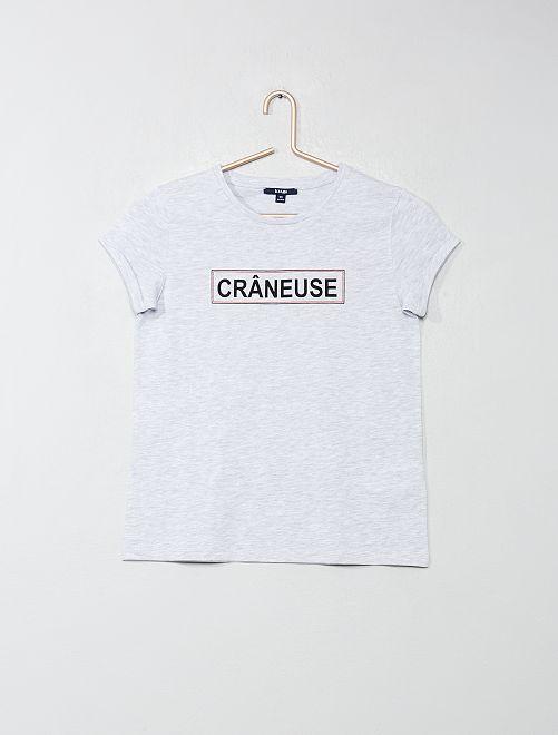 Camiseta estampada con mensaje                                                     GRIS Joven niña