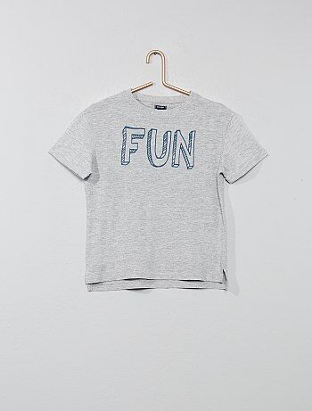 1992e029d50 Camiseta estampada con relieve - Kiabi