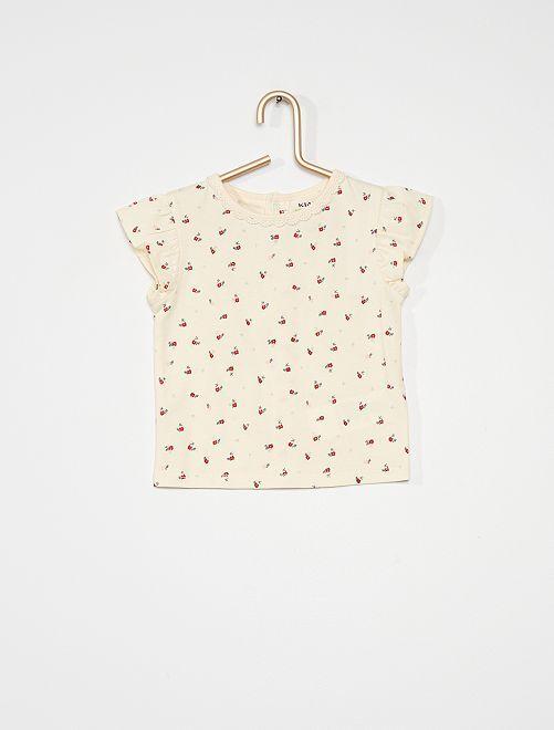 Camiseta estampada                             estampado flor