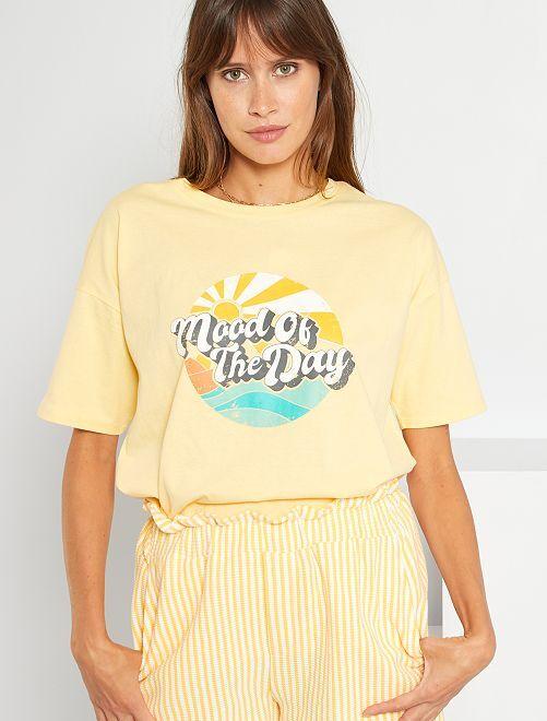 Camiseta estampada vintage                                         AMARILLO