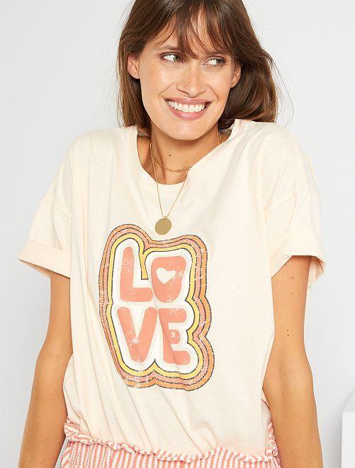 Camiseta estampada vintage                                         ROSA