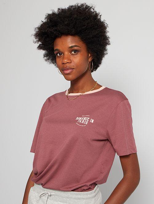 Camiseta estilo campus                                         PURPURA