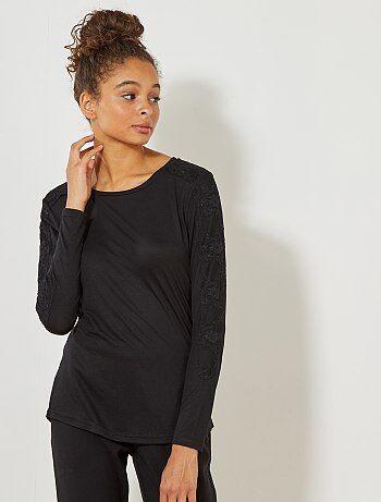 96bd92693a0 Mujer talla 34 a 48 - Camiseta  JDY  con detalle de encaje - Kiabi