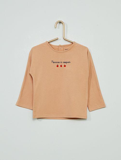 Camiseta 'manzana irresistible'                             BEIGE