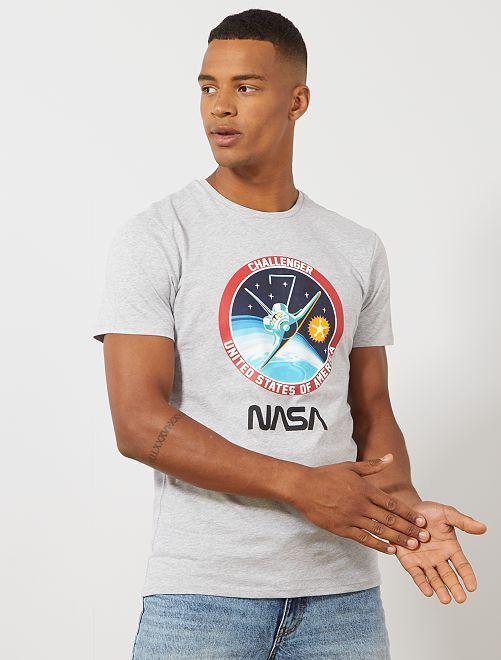 Camiseta 'NASA' Challenger                             GRIS Hombre