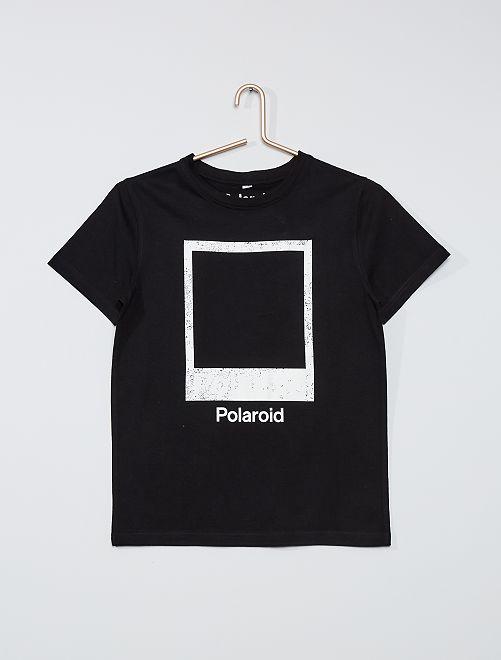 Camiseta 'Polaroid'                             negro
