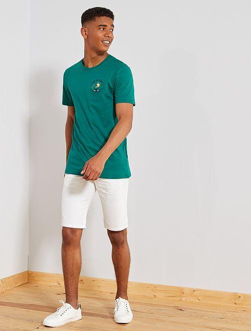 Camiseta regular con motivo bordado                                                                             VERDE Hombre