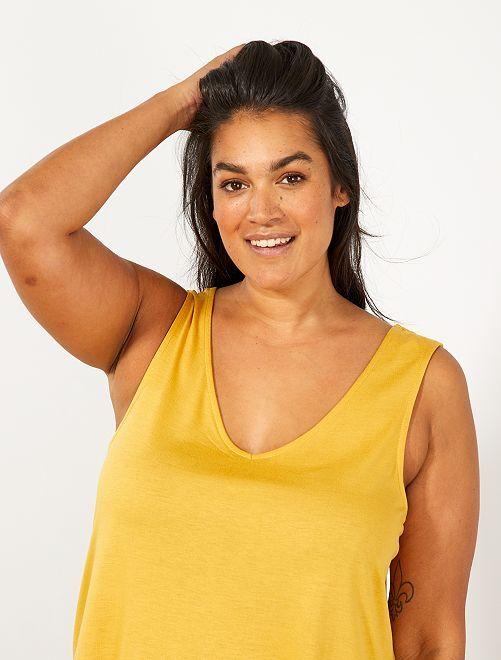 Camiseta sin mangas con escote de pico delante y detrás                                                                 AMARILLO Tallas grandes mujer