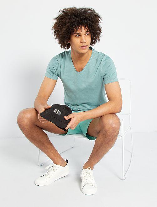 Camiseta slim con cuello de pico                                                                 azul