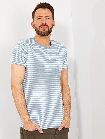 8f29c54d6 Hombre talla S-XXL - Camiseta slim de rayas con cuello panadero - Kiabi