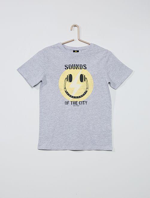 Camiseta 'Smiley World'                             GRIS