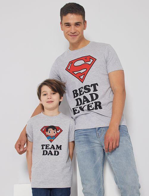 Camiseta 'Superman'                             gris