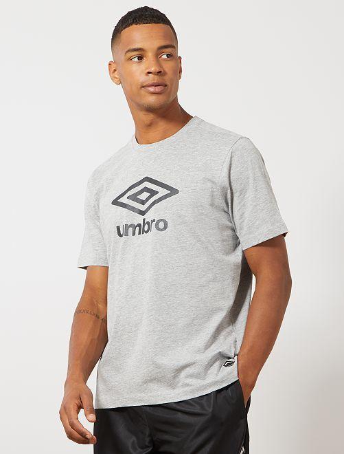 Camiseta 'Umbro'                                                                             GRIS