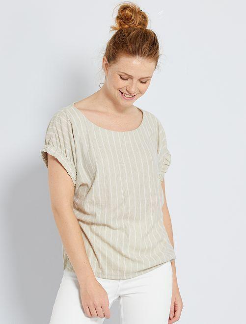 Camiseta vaporosa con mangas de fantasía                                                                 AZUL