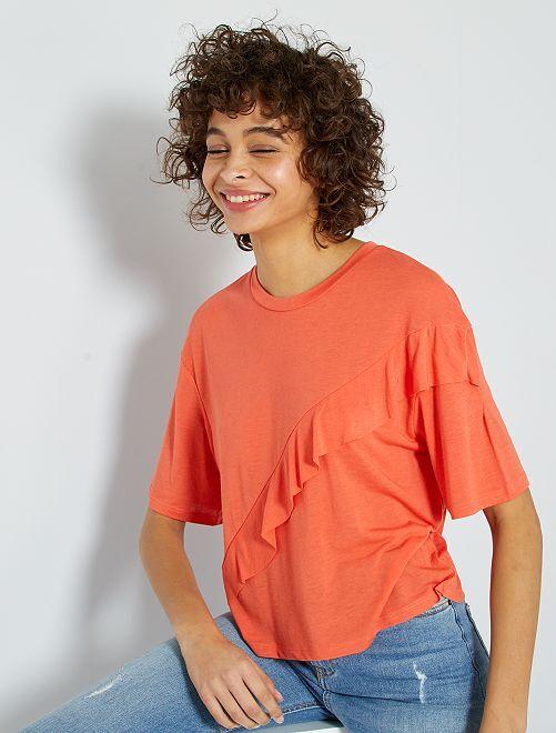 Camiseta volantes en el pecho                     naranja