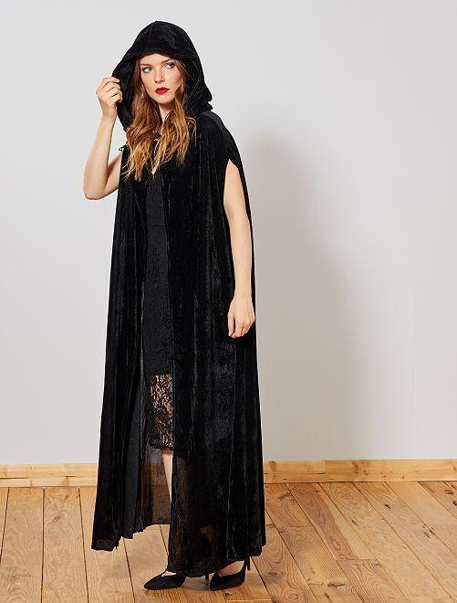 Capa de vampiro de terciopelo                             negro