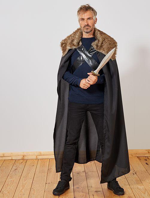 Capa medieval                     negro