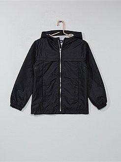 Abrigos y anoraks - Cortavientos ligero con capucha - Kiabi