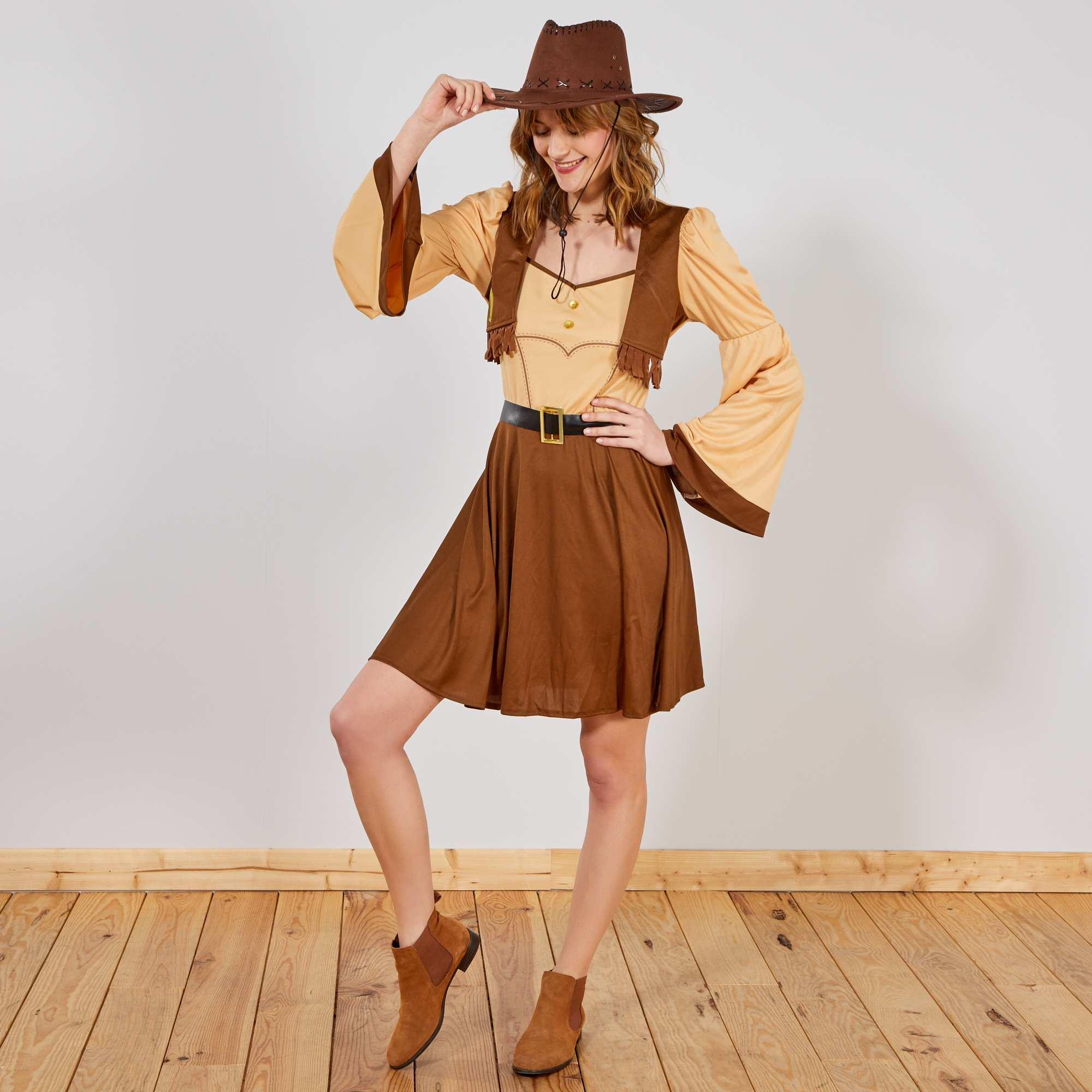 Hacer disfraz de vaquera para mujer