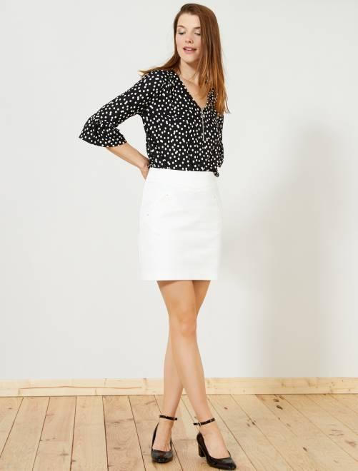 Falda corta estilo sastre                                                     blanco nieve