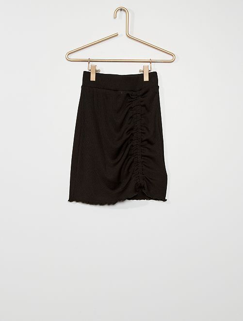 Falda corta                             negro